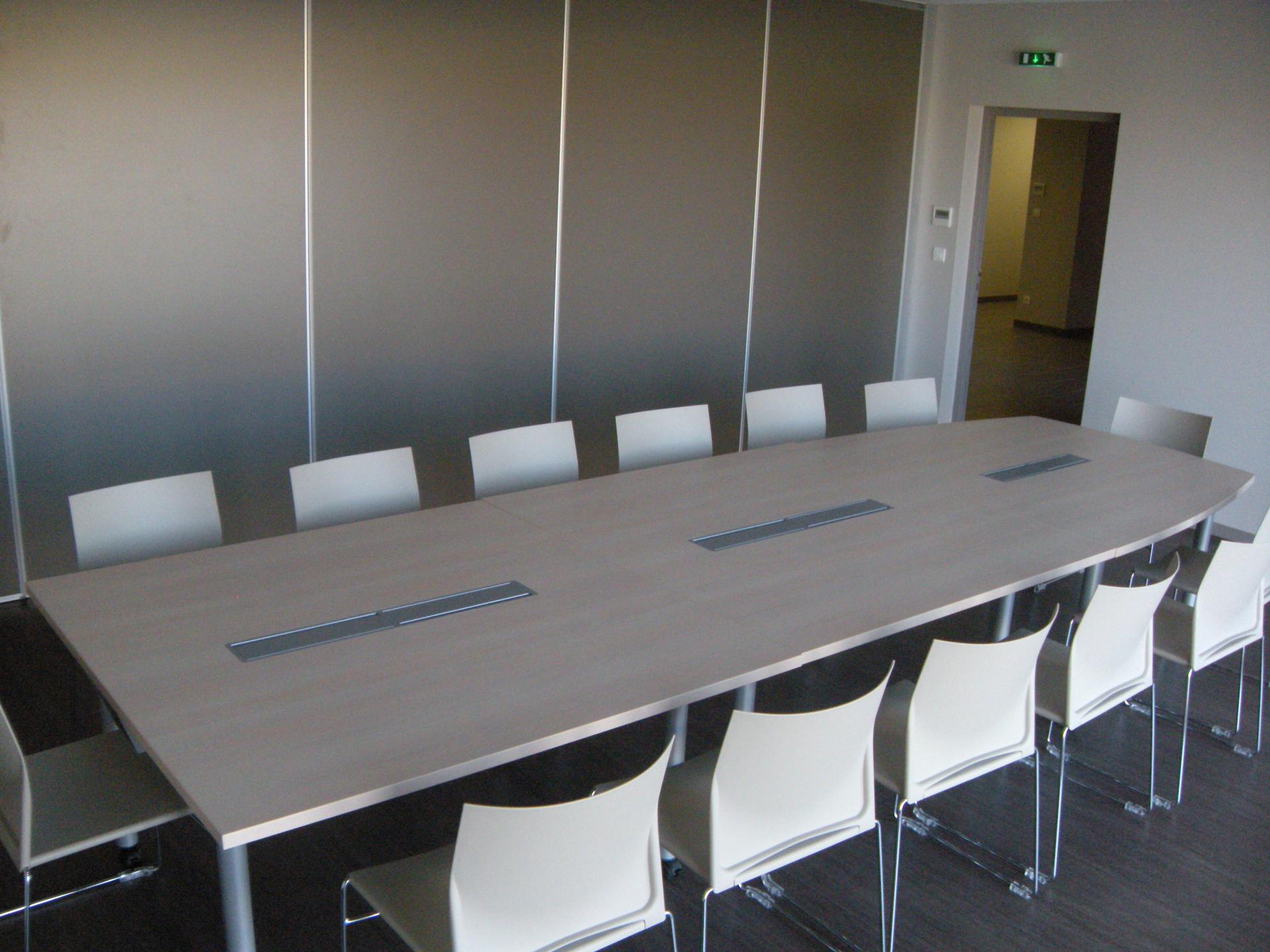 salle de réunion Hotel d'entreprises Brioude Sud Auvergne